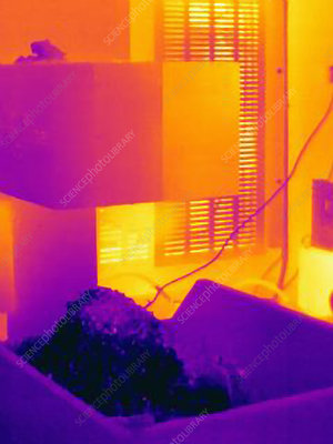 Thermal image of cold metal shavings