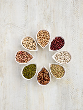 Pulses in tear shaped mini bowls