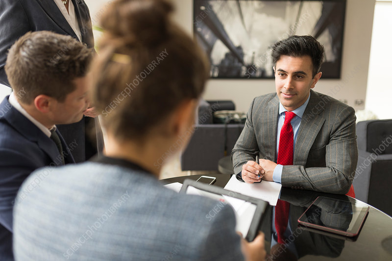 Businessman and women having discussion