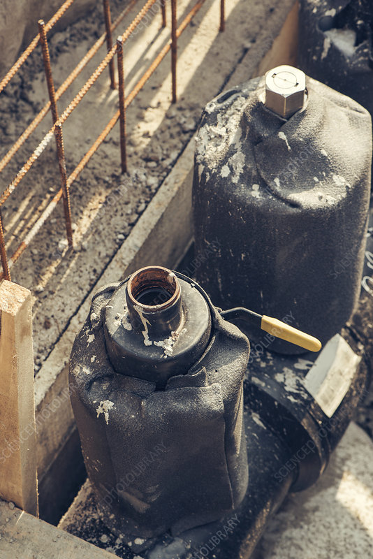 Maintenance of industrial pipes