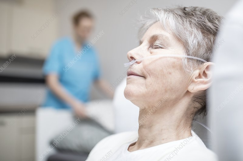 Woman with nasal cannula
