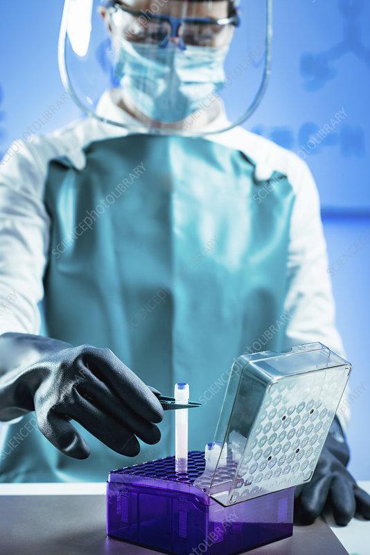 Cryopreservation of biological sample