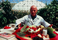 Roy Walford seen in Biosphere 2, 1990