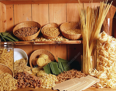 Several kinds of dry pasta