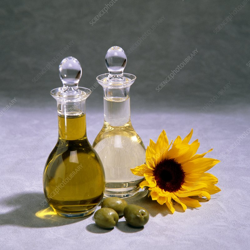Decanters of olive and sunflower oil