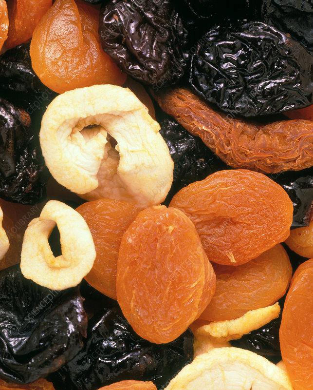 Dried fruit (apple, pear, apricot, prune)