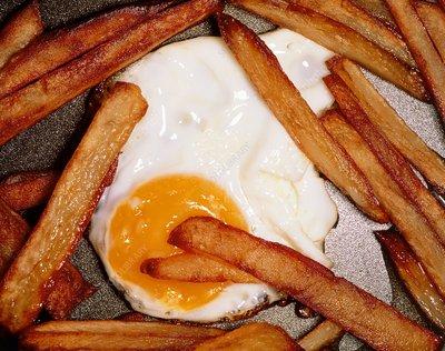 Fried egg & chips