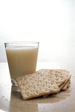 GM soya milk and biscuits