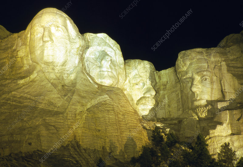View of the Mount Rushmore USA presidents carvings