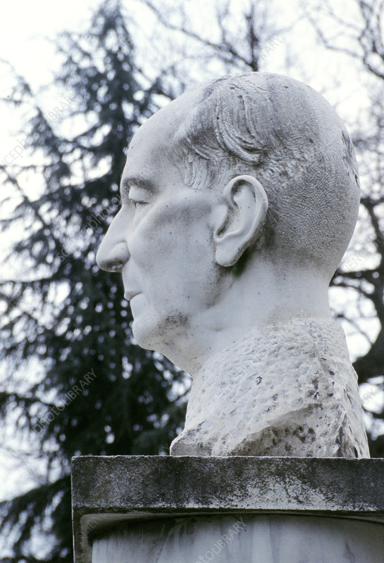 Statue of Marconi