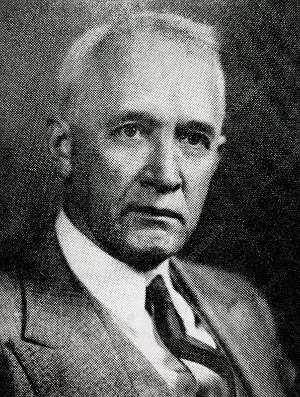 Vesto Melvin Slipher, US astronomer