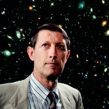 Dr Robert Williams with Hubble Deep Field