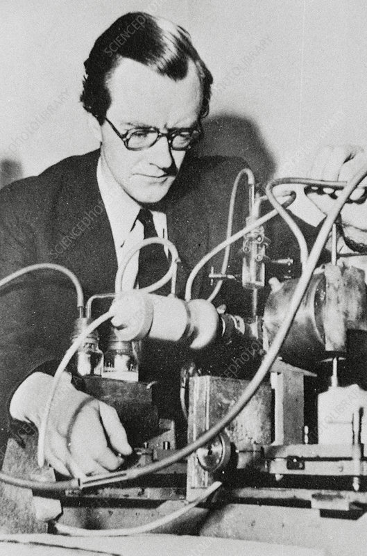 Maurice Wilkins, New Zealand physicist
