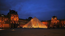 Timelapse of the Louvre, Paris