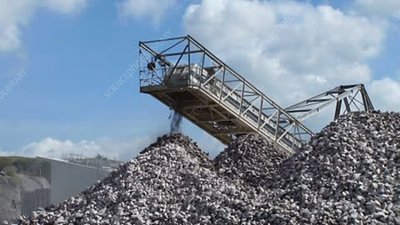 Quarry aggregate conveyor