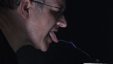 Tesla coil sparking with tongue