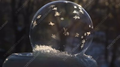 Freezing soap bubble shattering