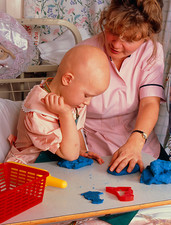 Child with Ewing's sarcoma in an hospital nursery