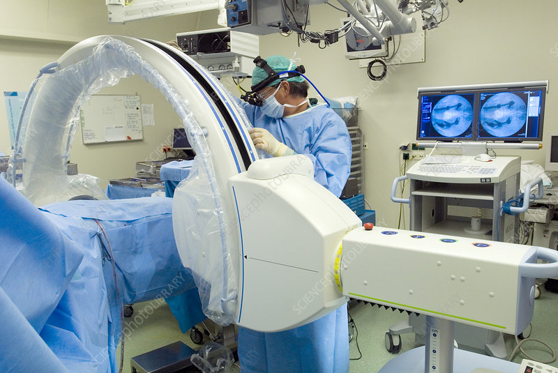 3D CT scanning during spinal surgery
