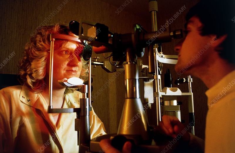 Optician using Keratometer