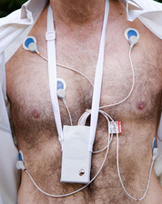 Portable heart monitor