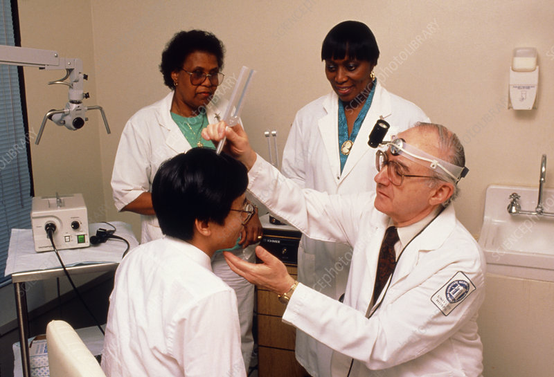 Tinnitus clinic: doctor evaluating patient