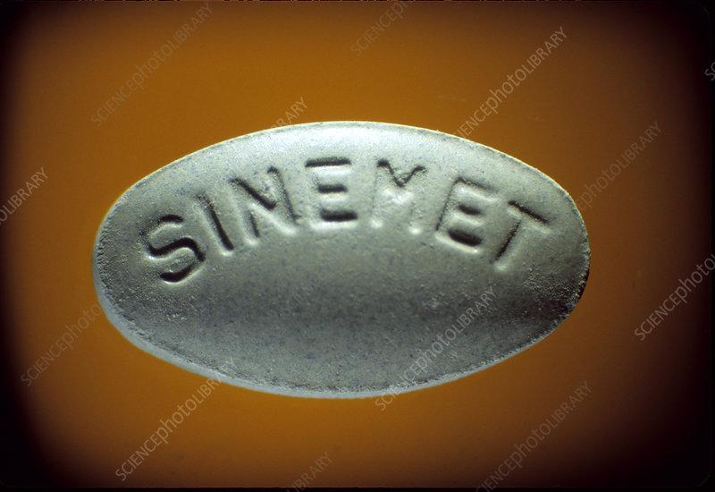 Sinemet CR (levodopa+carbidopa)