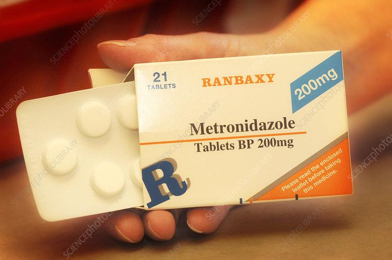 Metronidazole antibiotic pills