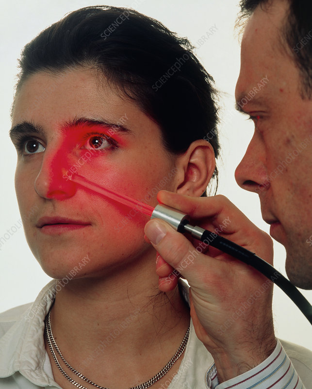 Paterson lamp used to treat facial skin cancer