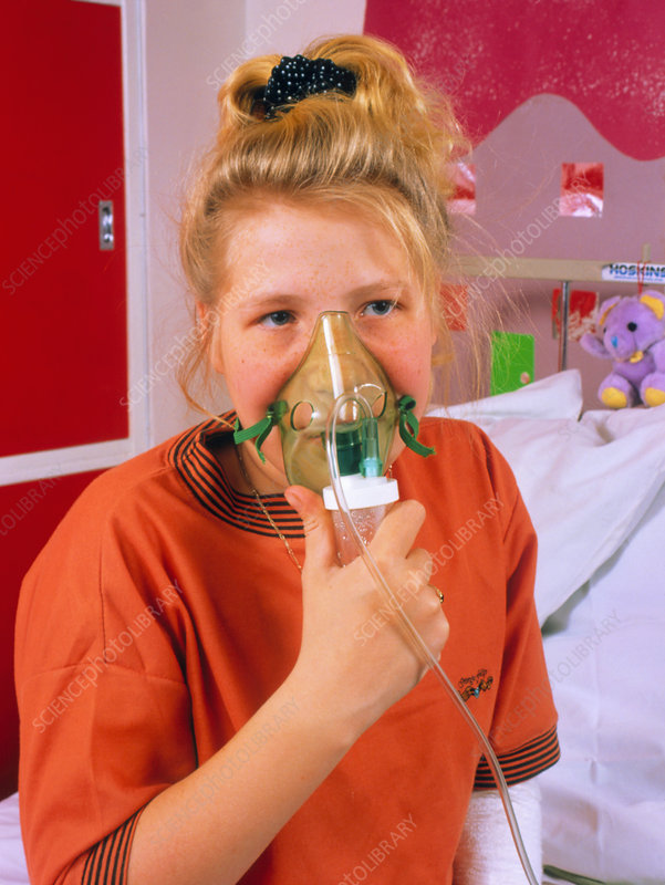 Cystic fibrosis patient using nebuliser
