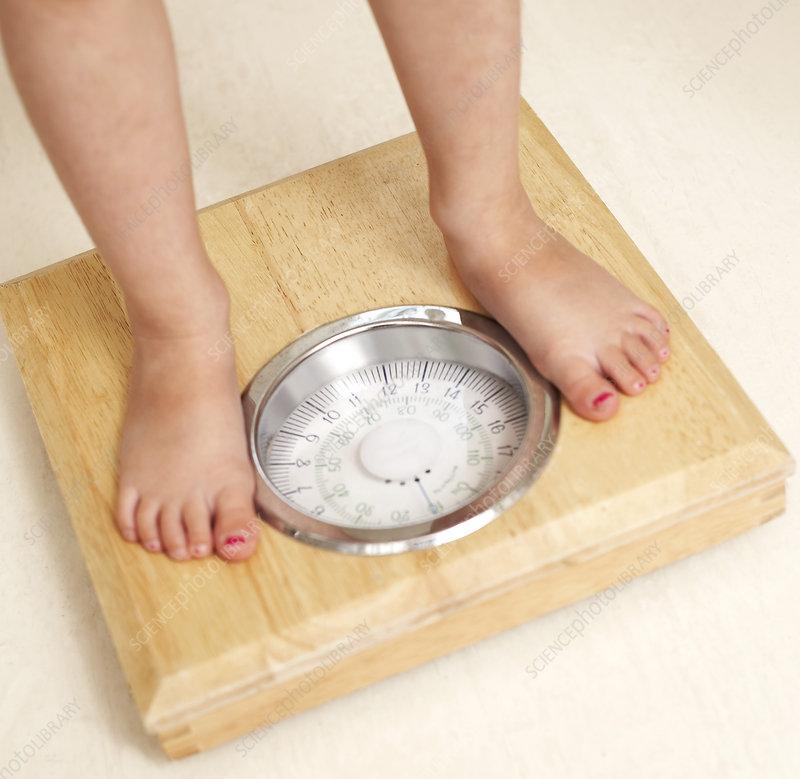 жир в области живота после родов