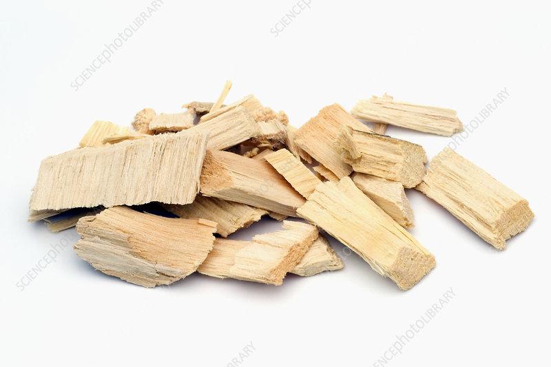Bitter ash wood chips