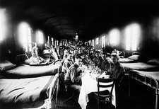 Christmas dinner, World War I hospital