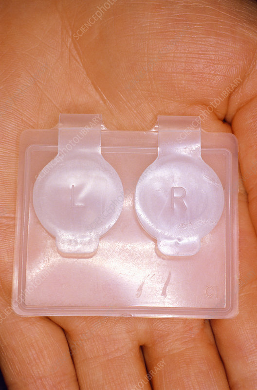 Storage case for hard-type contact lenses
