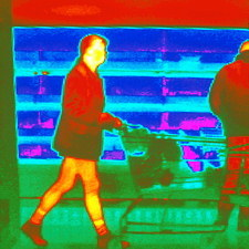 Thermogram of a woman in a supermarket