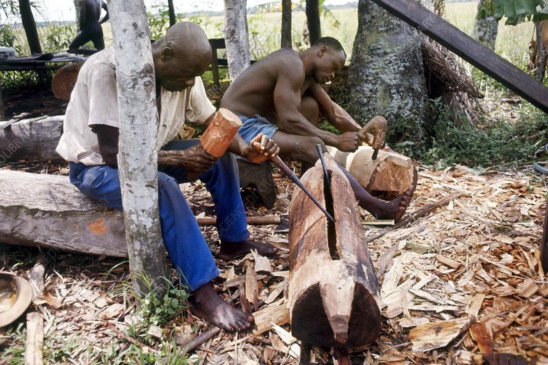 Libinza men making drums
