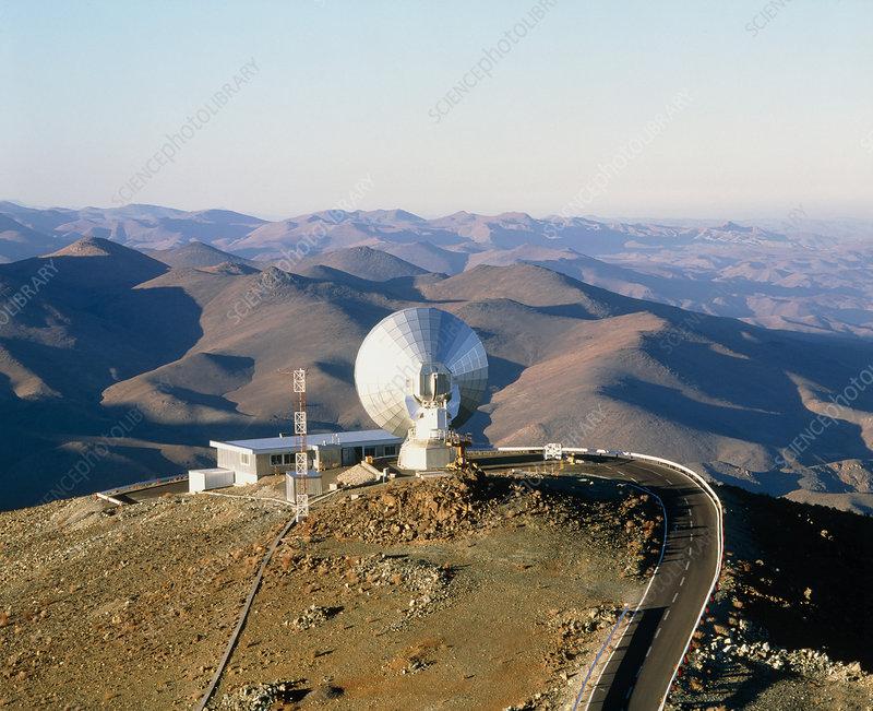 Sest radio telescope at la silla chile stock image r122 for Sillas ergonomicas chile