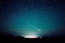Comet Hyakutake seen from Australia in March 1996