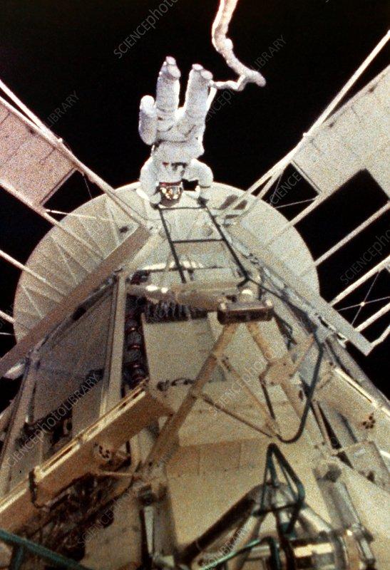 Space walk outside skylab