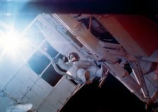 Space walk outside Skylab 3