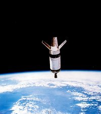 Skylab 3 expended second stage in Earth orbit