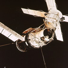 Skylab space station seen from Skylab-3 module