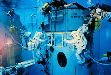 Underwater rehersal, HST repair mission