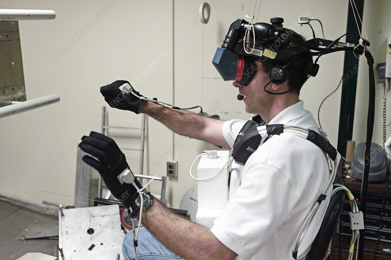 Virtual reality astronaut training