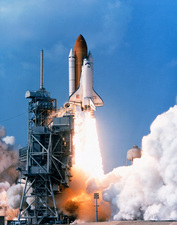 Launch of the space shuttle Discovery on STS-91