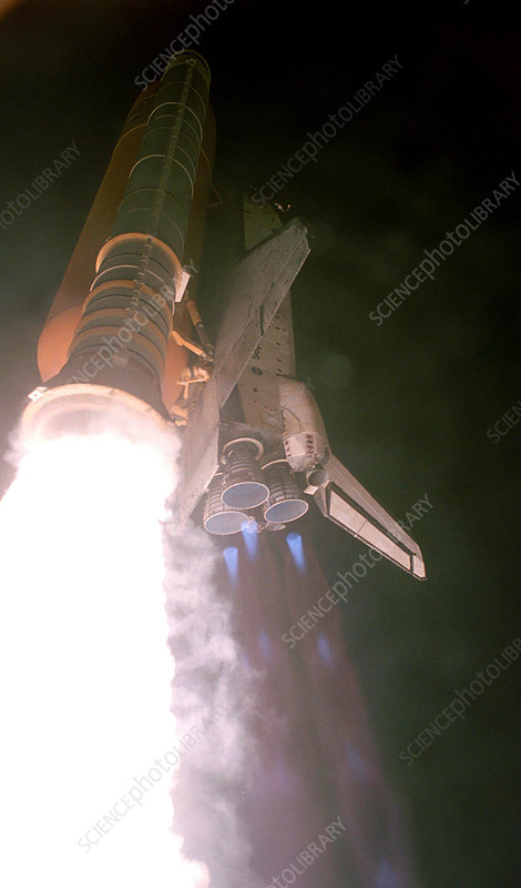 STS-116 launch, Space Shuttle Discovery