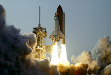 STS-118 launch, Space Shuttle Endeavour
