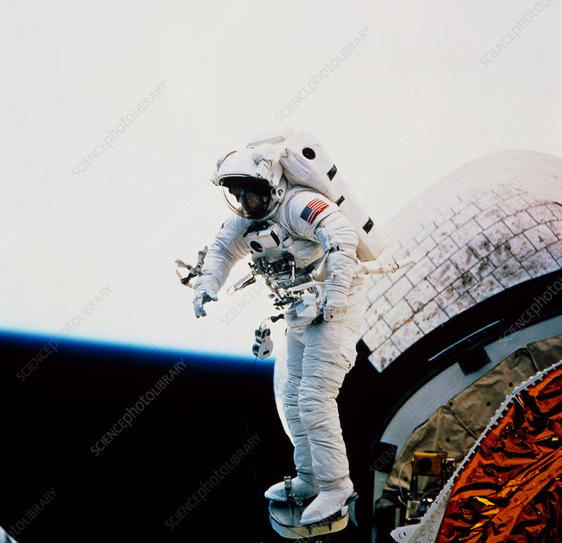 Discovery STS-51 (1993) S5400585-Astronaut_Newman_during_EVA,_STS-51