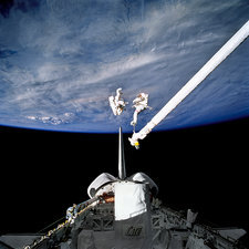 Evaluation of SAFER EVA backpack, STS-64