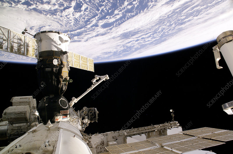 Soyuz spacecraft at the ISS, April 2006